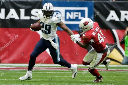 Tennessee Titans running back DeMarco Murray (29) runs with the ball as he tries to shake off Arizona Cardinals strong safety Antoine Bethea (41) during the first half of an NFL football game, Sunday, Dec.10, 2017, in Glendale, Ariz