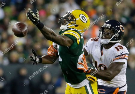 Josh Morgan, Ha Ha Clinton-Dix. Green Bay Packers free safety Ha Ha Clinton-Dix (21) breaks up a a pass intended for Chicago Bears wide receiver Josh Morgan (19) during the first half of an NFL football game, in Green Bay, Wis