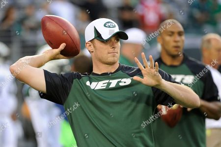New York Jets quarterback Greg McElroy throws before a preseason NFL football game against the Philadelphia Eagles, in East Rutherford, N.J