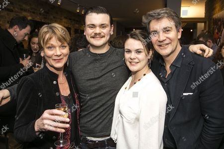 Samantha Bond, Tom Hanson (Johnny), Molly Hanson and Alexander Hanson