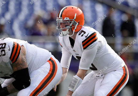 Nick McDonald, Connor Shaw. Cleveland Browns quarterback Connor Shaw (9) lines up behind center Nick McDonald as they warm up before an NFL football game against the Baltimore Ravens, in Baltimore