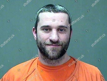 El actor Dustin Diamond en una fotografía del 26 de diciembre de 2014 proporcionada por la policía del condado de Ozaukee en Wisconsin