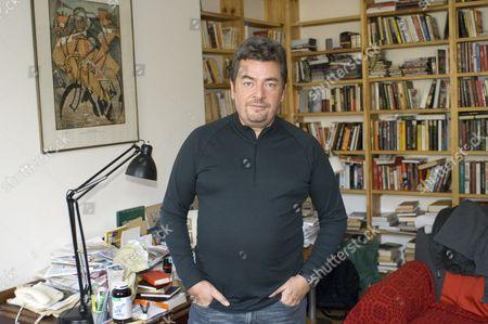 David Aaronovitch in his study