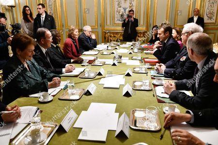From left to right Gro Harlem Brundtland, Ban Ki-moon, Kofi Annan, Mary Robinson, Lakhdar Brahimi and Emmanuel Macron.