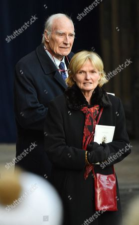 Editorial picture of Peter Snow Pic Bruce Adams / Copy Tozer - 28/11/16 . Duke Of Westminster Memorial Service At Chester Cathedral Cheshire.