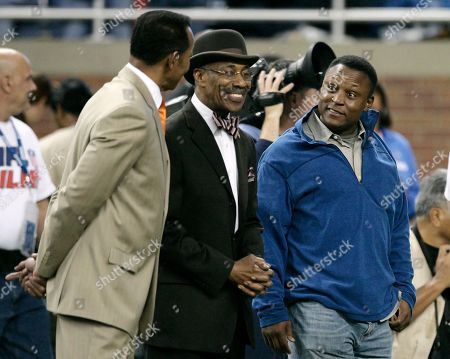 Charlie Sanders, Lem Barney, Barry Sanders. Former Detroit Lions players, from left, Charlie Sanders, Lem Barney and Barry Sanders chat before the Detroit Lions take on the Atlanta Falcons in an NFL football game in Detroit
