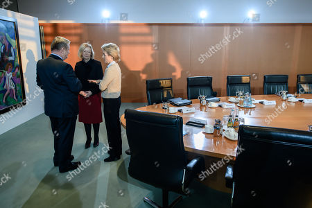 (L-R) German Health Minister Hermann Groehe of the Christian Democratic Union (CDU), German Education Minister Johanna Wanka of the Christian Democratic Union (CDU) and German Defense Minister Ursula von der Leyen of the Christian Democratic Union (CDU) talk during the beginning of the weekly meeting of the German Federal cabinet at the Chancellery in Berlin, Germany, 13 December 2017. During the 167th cabinet meeting, the ministers and the Chancellor are expected to receive a report of the special commissioner for the victims of the terror attack on the Berlin Christmas market on 19 December 2016.