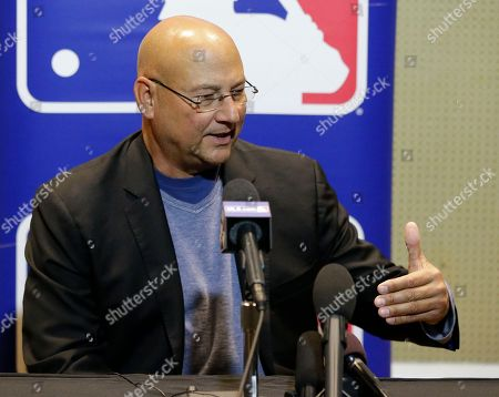 Terry Francona, manager of the Cleveland Indians, talks with members of the media at the Major League Baseball winter meetings, in Orlando, Fla
