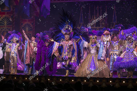 Nigel Havers (Captain Nigel), Charlie Stemp (Dick Whittington), Elaine Paige (Queen Rat), Julian Clary (Spirit of the Bells), Emma Williams (Alice Fitzwarren), Paul Zerdin (Idle Jack) and Gary Wilmot (Sarah the Cook) during the curtain call