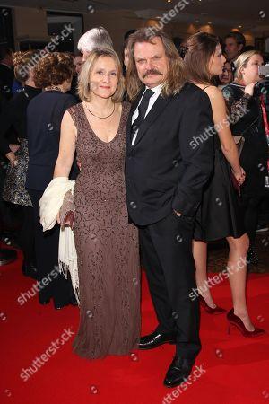 Leslie Mandoki with wife Eva,
