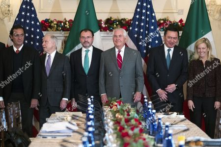 US Secretary of State Rex Tillerson (C), Mexican Foreign Secretary Luis Videgaray (3-L), acting Mexican Attorney General Alberto Elias Beltran (L), US Attorney General Jeff Sessions (2-L) Mexican Secretary of Interior Miguel Angel Osorio Chong (2-R) and US Secretary of Homeland Security Kirstjen Nielsen (R) participate in the Strategic Dialogue on Disrupting Transnational Criminal Organizations at the US State Department in Washington DC, USA, 14 December 2017.