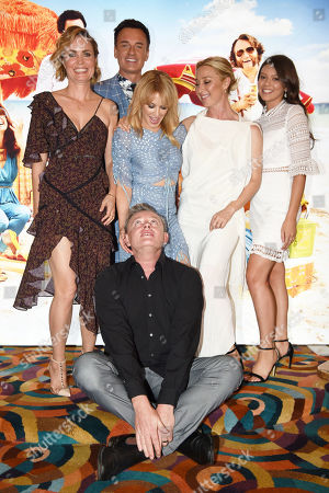 Director Stephen Elliott with Radha Mitchell, Kylie Minogue, Asher Keddie, Chelsea Glaw and Julian McMahon