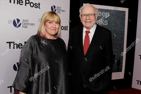 Stock Picture of Susan Buffett and Warren Buffett