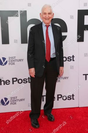 """Daniel Ellsberg attends the premiere of """"The Post """" at The Newseum, in Washington"""