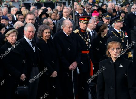 Princess Margaret of Hohenzollern, daughter of former Romanian King Michael, right, attends the funeral ceremony outside the former royal palace in Bucharest, Romania, Saturday, Dec.16, 2017. Thousands waited in line to pay their respects to Former King Michael, who ruled Romania during WWII, and died, aged 96, in Switzerland