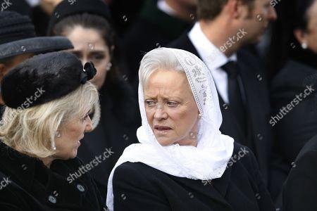 Muna Al-Hussein of Jordan and Princess Astrid of Belgium