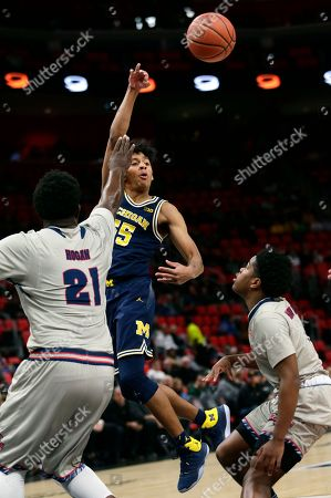 Editorial image of Michigan Basketball, Detroit, USA - 16 Dec 2017