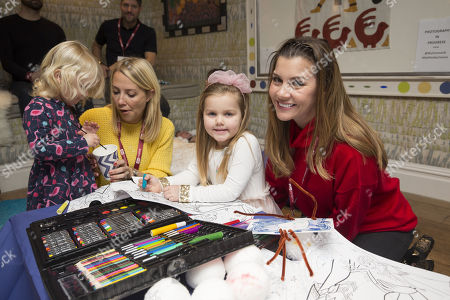 Laura Hamilton & daughter Tahlia Goward with Imogen Thomas and daughter Ariana Siena Horsley