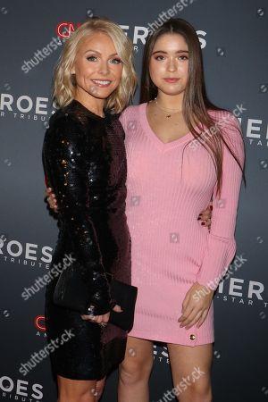 Kelly Ripa and daughter Lola Consuelos