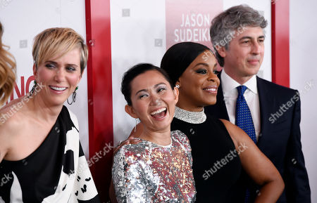 "Kristen Wiig, Hong Chau, Niecy Nash, Alexander Payne. Downsizing"" cast members, from left, Kristen Wiig, Hong Chau and Niecy Nash pose with the film's director/co-writer Alexander Payne at a special screening of the film at the Regency Village Theatre, in Los Angeles"