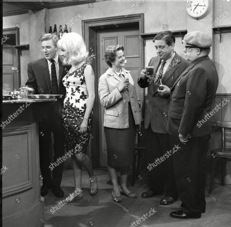 Kenneth Farrington (as Billy Walker), Jacqueline Jones (as Philippa Scopes), Daphne Oxenford (as Esther Hayes), Frank Pemberton (as Frank Barlow) and Jack Howarth (as Albert Tatlock)