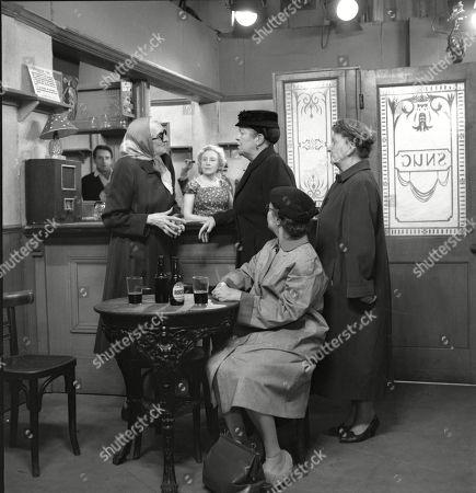 Marion Dawson (as Matilda Grimshaw), Doris Speed (as Annie Walker), Violet Carson (as Ena Sharples), Lynne Carol (as Martha Longhurst) and Margot Bryant (as Minnie Caldwell)