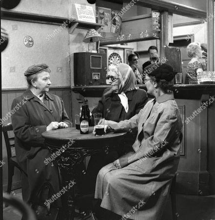 Margot Bryant (as Minnie Caldwell), Marion Dawson (as Matilda Grimshaw) and Lynne Carol (as Martha Longhurst)