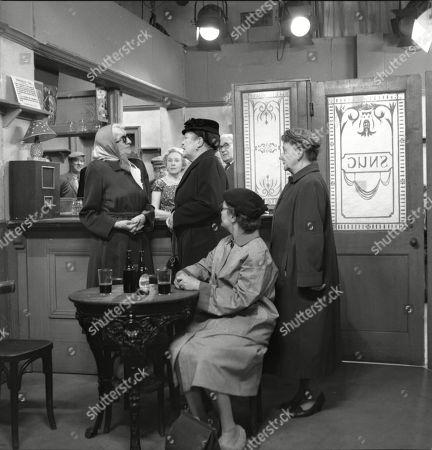 Marion Dawson (as Matilda Grimshaw), Doris Speed (as Annie Walker), Violet Carson (as Ena Sharples), Arthur Leslie (as Jack Walker), Lynne Carol (as Martha Longhurst) and Margot Bryant (as Minnie Caldwell)