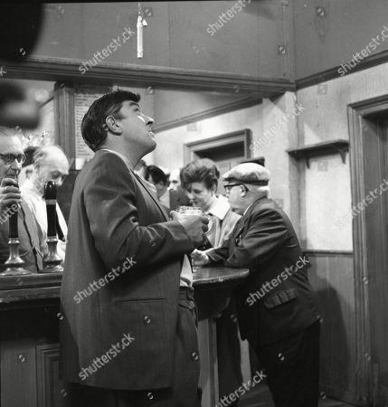 Arthur Leslie (as Jack Walker), Frank Atkinson (as Sam Leach), Ivan Beavis (as Harry Hewitt), Pat Phoenix (as Elsie Tanner) and Jack Howarth (as Albert Tatlock)