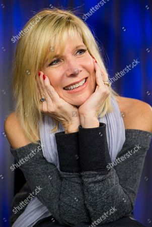 """Singer Debby Boone poses for a photo at the AP television studios in Los Angeles. Debby Boone, best known for her 1977 number one hit and Grammy-winning million-selling album """"You Light Up My Life,"""" is celebrating its 40 years with a reissued CD"""