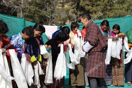 The people of Haa Dorikha welcome His Majesty King Jigme Khesar Namgyel Wangchuck
