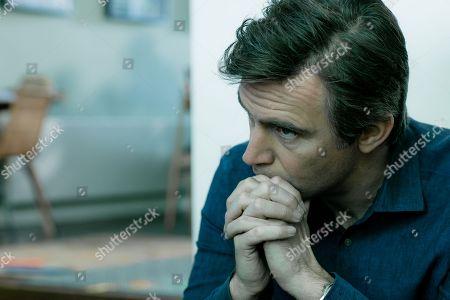 (Ep 1) - Jack Davenport as Guy Harcourt