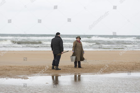 (Ep 1) - Brenda Blethyn as DCI Vera Stanhope and Ron Donachie as Jesse Hennings.