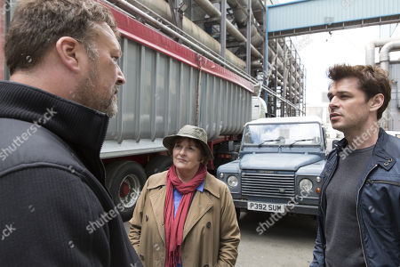 (Ep 1) - Brenda Blethyn as DCI Vera Stanhope, Kenny Doughty as DS Aiden Healy, and Ian Burfield as Iain Hobswain.