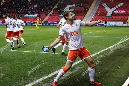 Andy Taylor throws a Blackpool shirt to the away fans prior to kick-off as a gift for Xmas during Charlton Athletic vs Blackpool, Sky Bet EFL League 1 Football at The Valley on 23rd December 2017
