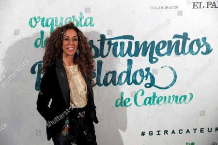 Spanish singer Rosario Flores poses for photographers during a solidarity concert of recycled instruments Cateura's orchestra at Teatro Real in Madrid, Spain, 28 December 2017.