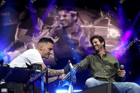 Spanish band 'Taburete' singer Willy Barcenas (R) performs during a concert held at WiZink Center in Madrid, Spain, 28 December 2017 (issued 29 December 2017). Spanish singer Willy Barcenas of 'Taburete' is well-kown for being the son of former treasurer of the People's Party (PP) Luis Barcenas who is curently on trial accused of bribery, money laundering and tax evasion on the Guertel corruption case.