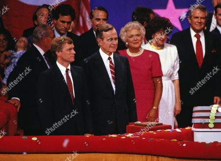 United States Vice President George H.W. Bush on the podium of the Republican National Convention in New Orleans, Louisiana following his speech accepting the Republican Party nomination for President of the United States.. Pictured from left to right: US Senator Dan Quayle (Republican of Indiana), the GOP nominee for Vice President of the United States; Vice President Bush; Barbara Bush ; former US Secretary of Transportation Elizabeth Dole; and the Reverend Pat Robertson.