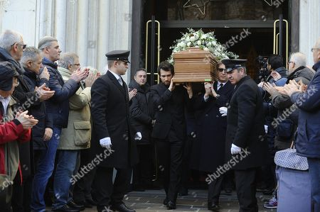 The coffin of Italian chef Gualtiero Marchesi is carried outside the Santa Maria del Suffragio church during his funeral in Milan, Italy, 29 December 2017. Marchesi has died at the age of 87 in Milan on 26 December.