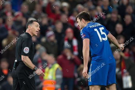 Leicester Citys Harry Maguire complains to referee Neil Swarbrick