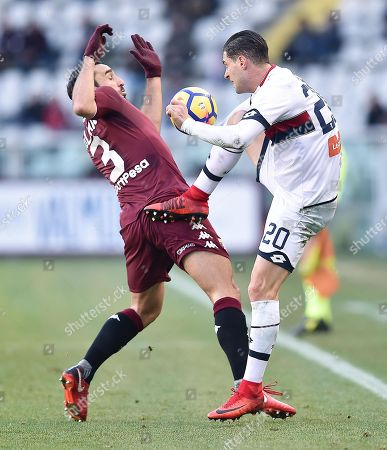 Torino's Cristian Molinaro (L) and Genoa's Aleandro Rosi (R) in action during the Italian Serie A soccer match Torino FC vs Genoa FC at Olimpico Stadium in Turin, Italy, 30 December 2017.