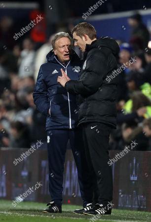 Cardiff City manager Neil Warnock argues with the fourth official Alan Dale