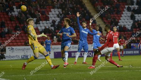 Leon Best of Charlton Athletic has a shot