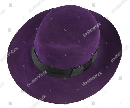 The Joker's (Jack Nicholson) fedora from Tim Burton's superhero action film Batman.