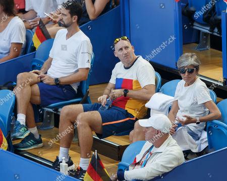 Physio Hugo Gravil, Fitness Trainer Jez Green, Eltern von Alexander Zverev, Mother Irina and Vater Alexander