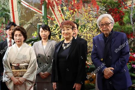 (R-L) Japanese film director Yoji Yamada, actresses Yaeko Mizutani and Kuriko Namino