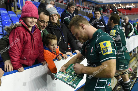 Greig Tonks of London Irish with fans after the Aviva Premiership Rugby match between London Irish v Newcastle Falcons on December 30th 2017 at Madejski Stadium, Reading, Berkshire England. (Photo by Gareth Davies/PPAUK)