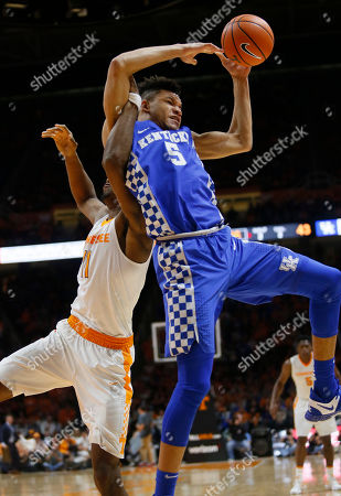 Kyle Alexander, Kevin Knox. Tennessee forward Kyle Alexander (11) and Kentucky forward Kevin Knox (5) fight to reach the ball during the second half of an NCAA college basketball game, in Knoxville, Tenn