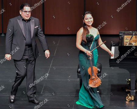 Julio Elizalde and Sarah Chang