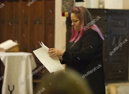 Beatie Edney Reads To The Congregation Of Godalming Church They Are Making A Special Appearance In Godalming Church For A Carol Service To Support Mane Chance Sanctuary.
